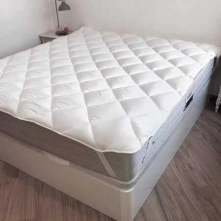 Protector de colchón TOPPER 400 gr de Naturals