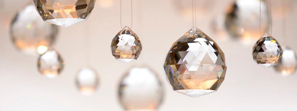 bolas de cristal tallado feng-shui para limpiar el ambiente