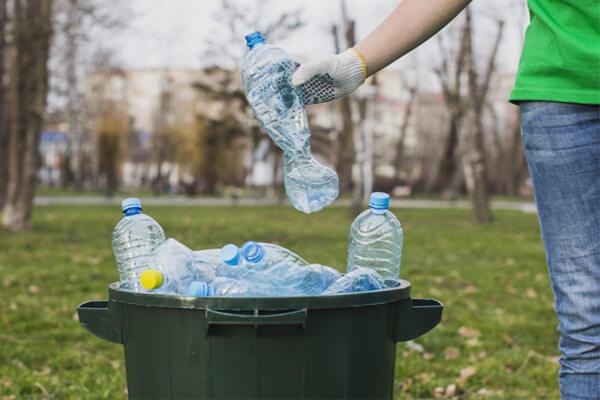 Consejos para usar menos plásticos en nuestro día a día